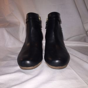 Dr. Scholl's  Black Zipper Ankle Boots/Booties